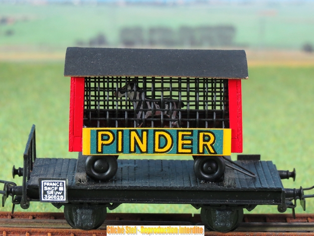 Wagons plats 2 ess maquette et semi maquette chargés par ordre alphabetique 600774VBcageinderPIMG3360