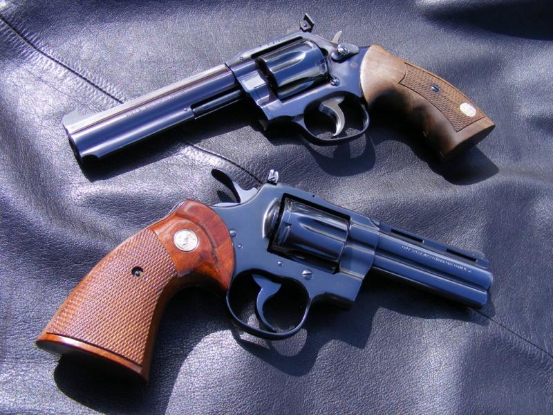 Le duel Colt Python VS Manurhin MR73 6042041163405407