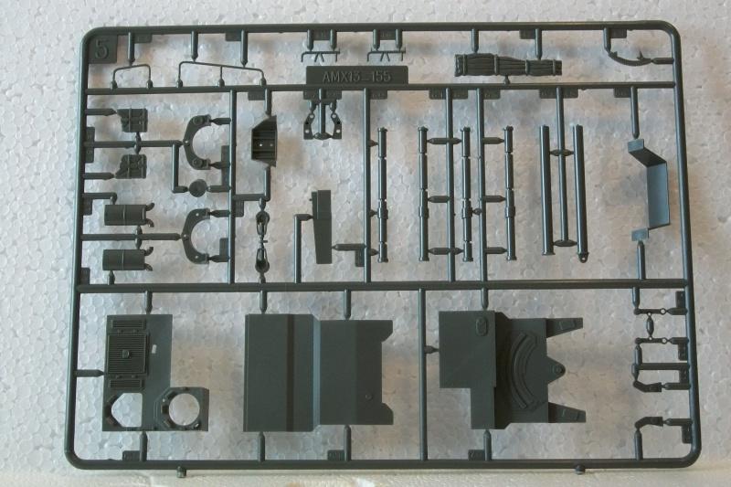 AMX 13 canon de 155 1/35ème Réf L 782 604442AMX13155782018Heller135