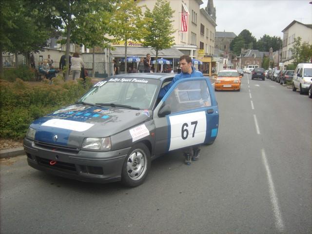 31è Rallye Tessy sur Vire Gouvets 2012 (vérifications techniques)  609448Sep01808