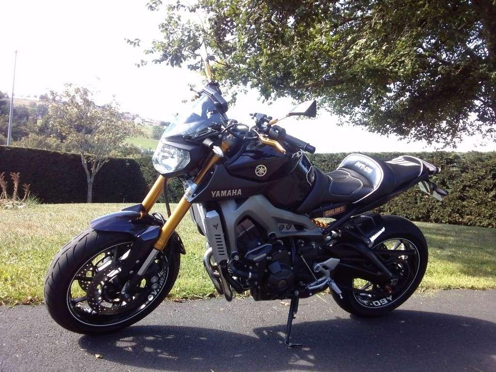 Photos de toutes les Yamaha MT-09 du forum ! :) 609786YPierrequiroule