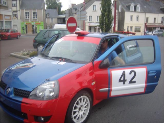 31è Rallye Tessy sur Vire Gouvets 2012 (vérifications techniques)  610075Sep01798