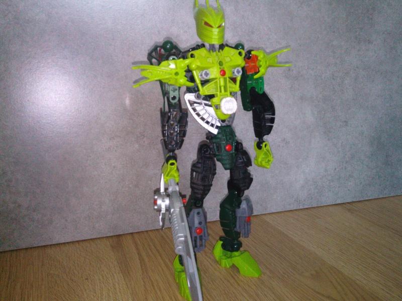 [MOC]#1 Moc MARVEL Bionicle 612760IMG20140308180234