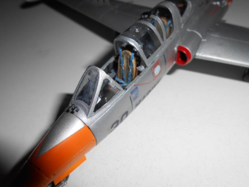 Fouga Magister 1/48 Kinetic lionel 45 - Page 2 613136Fougafini007