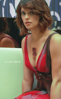 Ashley Greene avatars 200x320 pixels 613148ashleycoloc