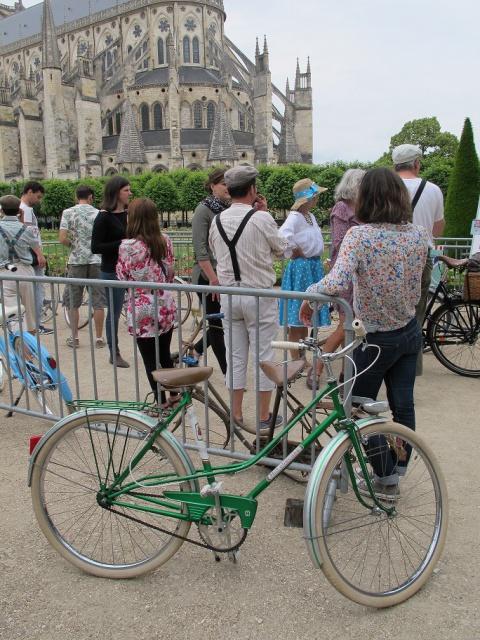 2ème Bourges Rétro Vélo  613399IMG5609