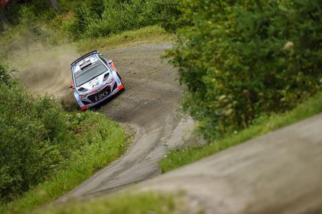 Mission accomplie pour Hyundai Motorsport qui se classe quatrième en Finlande  613819143259Neuville08FIN15cm293