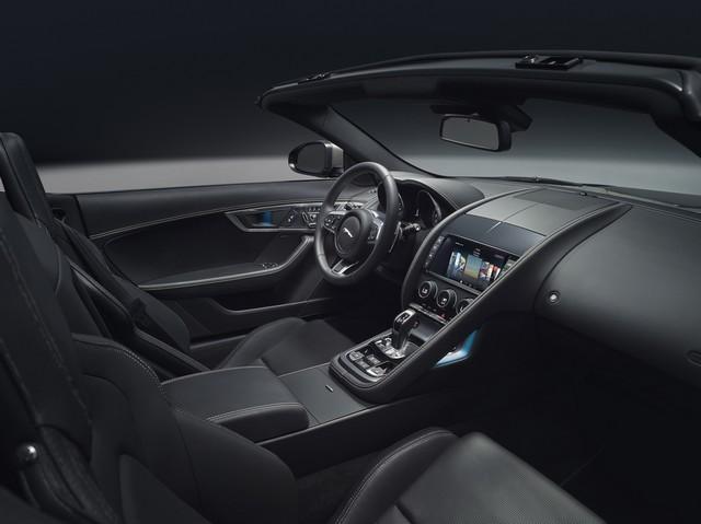 Lancement De La Nouvelle Jaguar F-TYPE Dotée De La Technologie GOPRO En Première Mondiale 615081jaguarftype18myrdynamicstudiointerior10011701