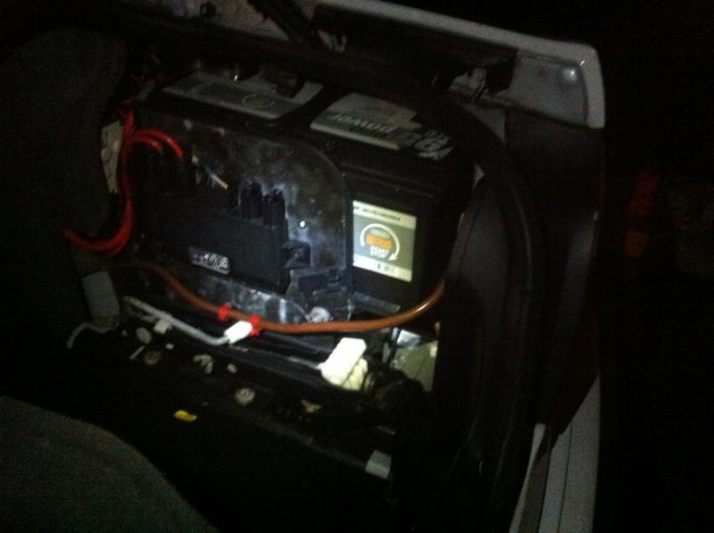 Etat batterie après une non utilisation pendant 6 semaines - Page 2 615526IMG3026