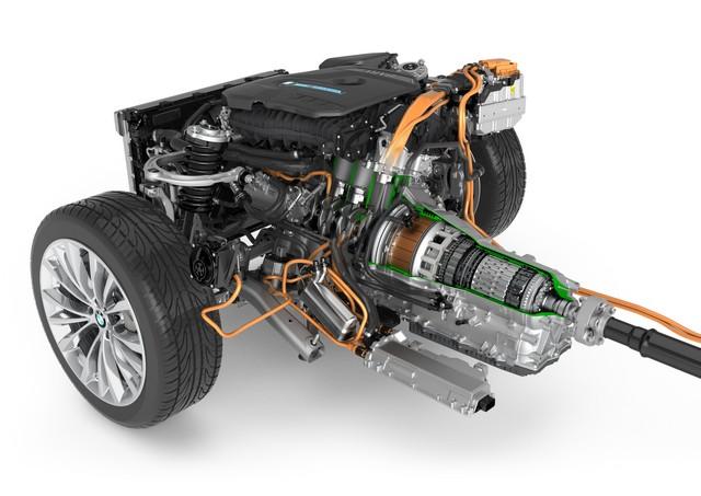 La nouvelle BMW Série 5 Berline. Plus légère, plus dynamique, plus sobre et entièrement interconnectée 616154P90238854highResbmw5seriessaloon