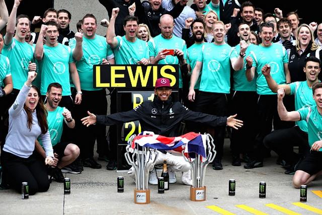 F1 GP du Canada 2016 : Victoire de Lewis Hamilton 6164962016LewisHamilton1