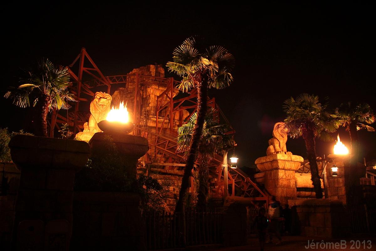 Indiana Jones™ et le Temple du Péril [Adventureland - 1993] - Page 2 618027indy1