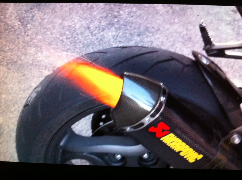 Votre moto avant la MT-09 - Page 4 619129FlammeAkrapovic