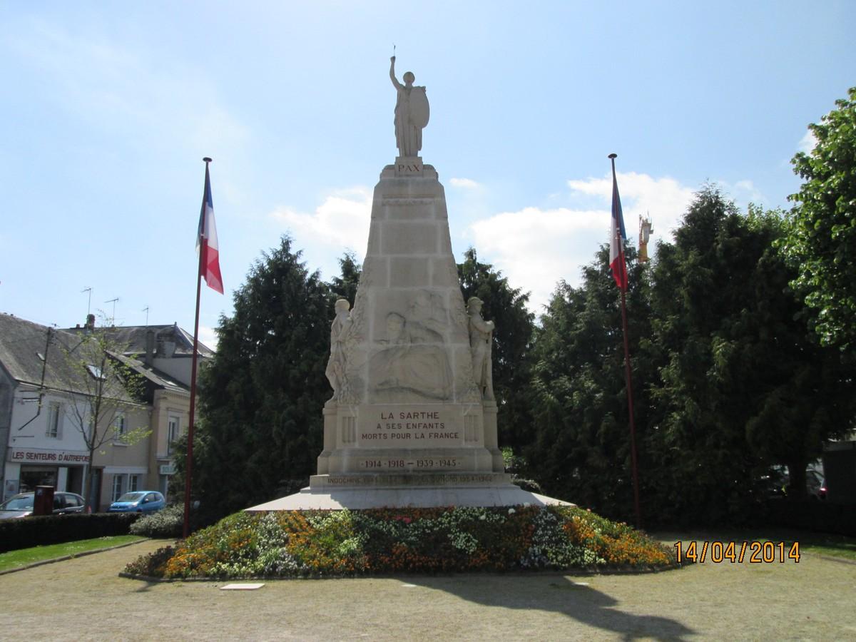 [Histoires et Histoire] Monuments aux morts originaux Français Tome 1 - Page 38 620564157