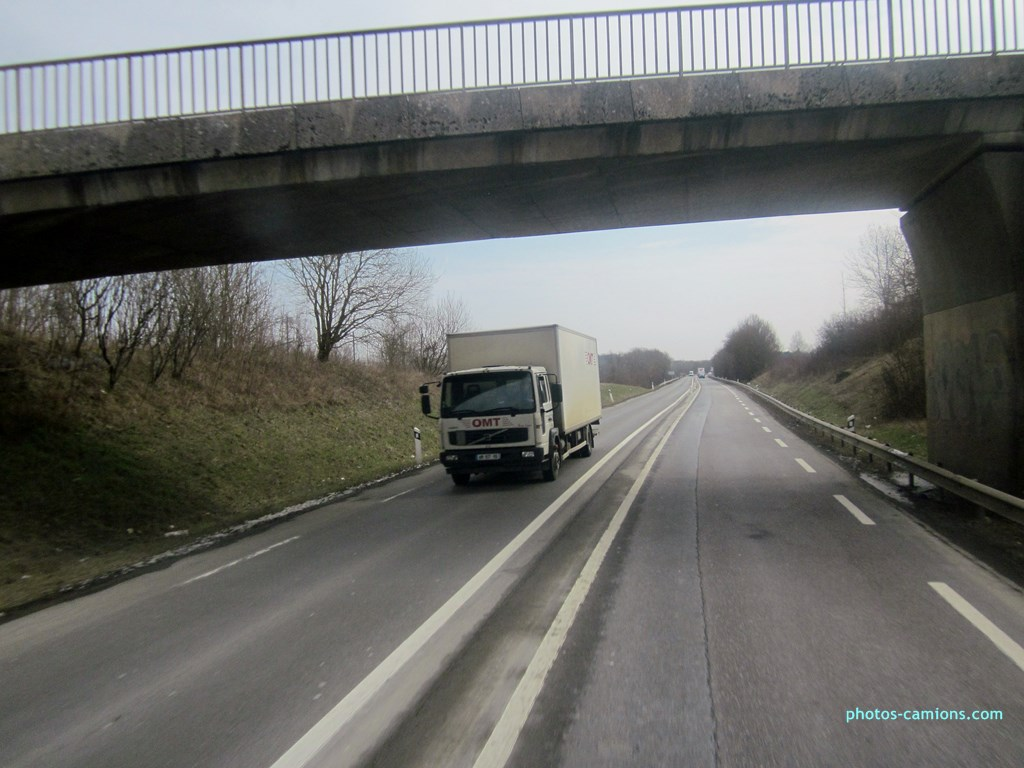 OMT (Orne Moselle Transports) (Hauconcourt , 57) - Page 2 621765photoscamions28III201335