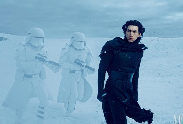 Star Wars : Le Réveil de la Force [Lucasfilm - 2015] - Page 39 622219vf3
