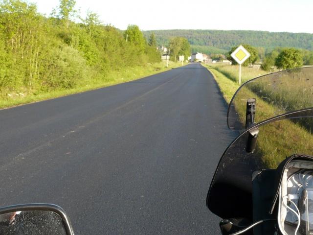 SUR LA ROUTE DES COUPES MOTO LEGENDE 27 ET 28 MAI 2012 624070132
