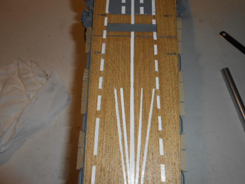 PA AKAGI 1/350 de chez Hasegawa PE + pont en bois par Lionel45 - Page 5 625682Peintureaka015