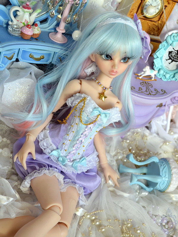 [Créa] † Mystic Dolls † : Réservations ouvertes ! - Page 10 627889MissMysticpourUlli02