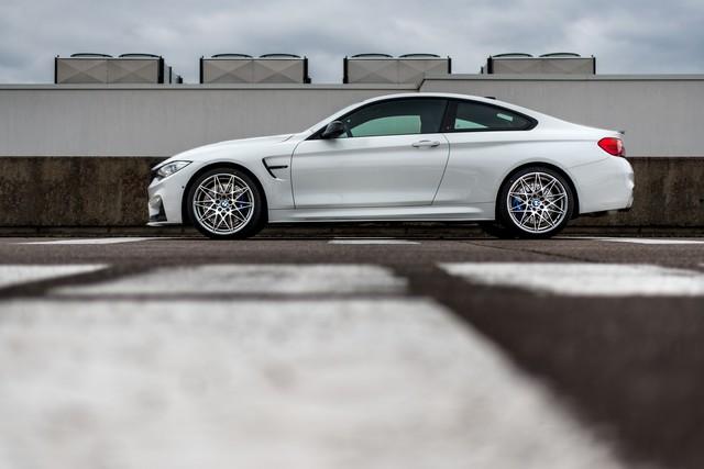 BMW M4 Coupé Tour Auto Edition : une édition française ultra limitée pour célébrer le rallye emblématique. 628336P90215112highResbmwm4coupetourau