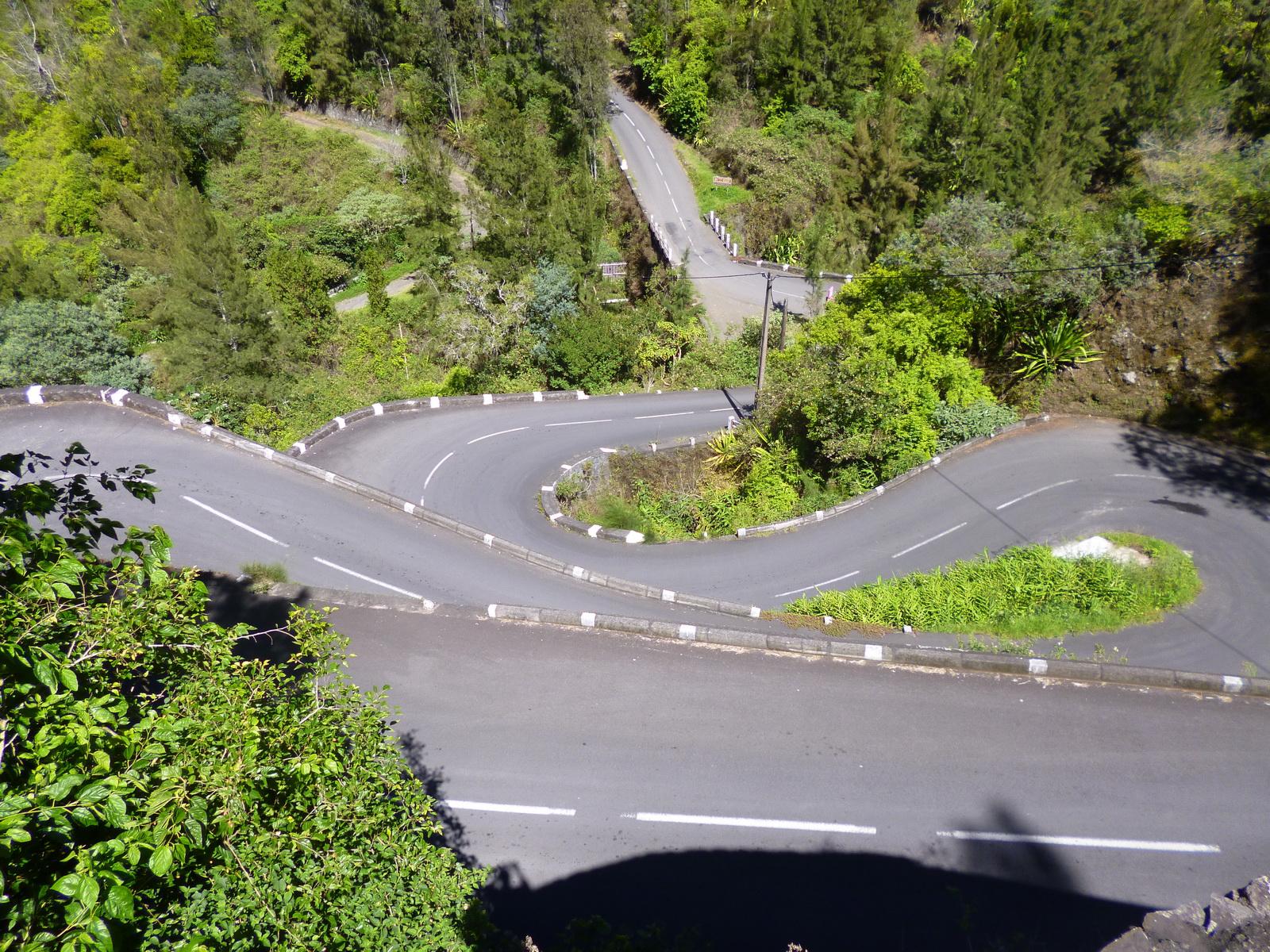 LA RÉUNION : la route de Cilaos, dite route aux 400 virages 629640P1010873
