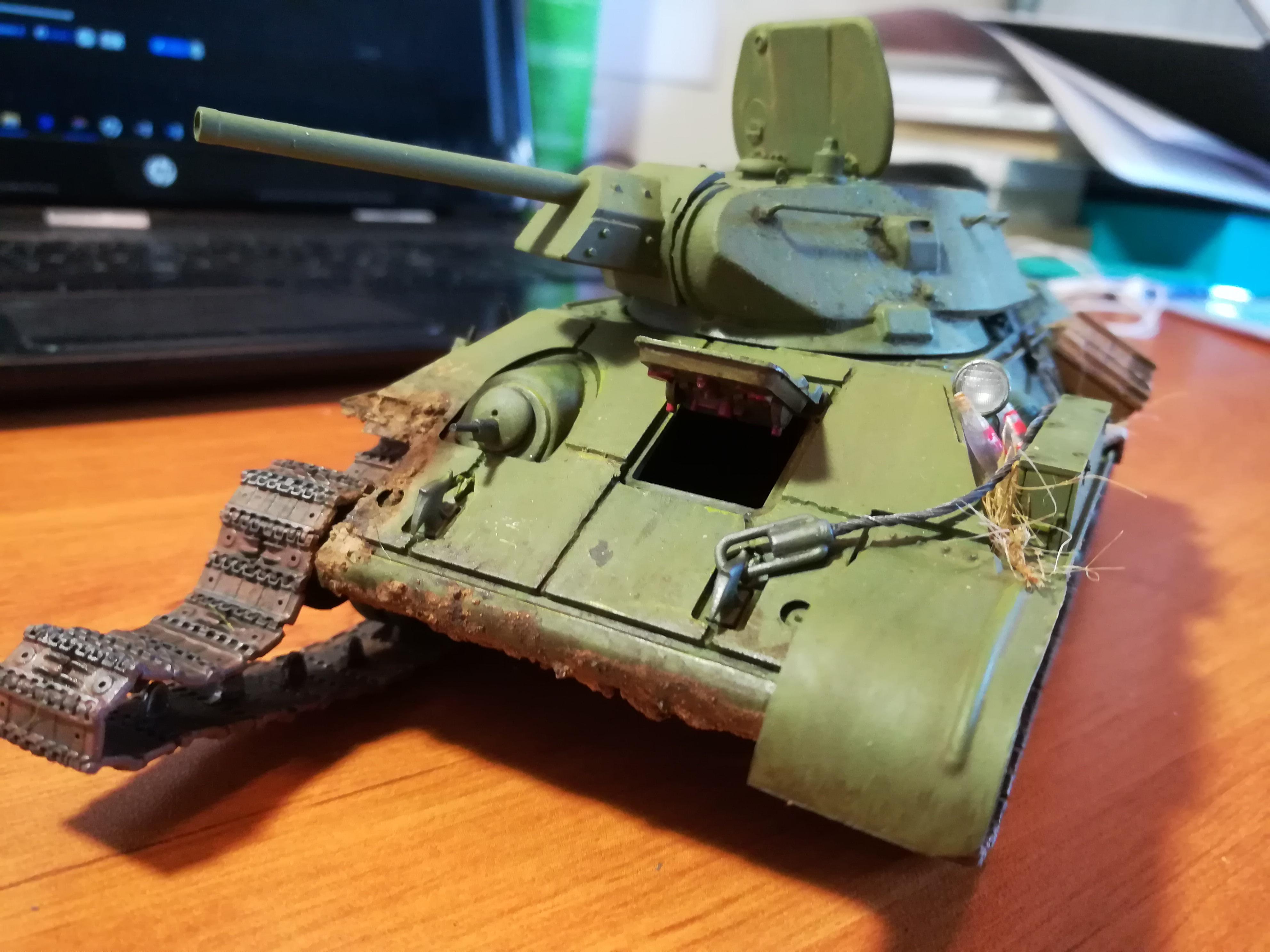 Front de l'Est, 1942 - T34 et Wehrmacht - Zvezda - 1/35 - Page 2 630030IMG20171208143122