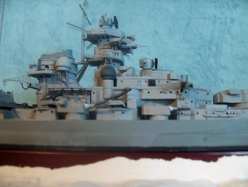 Bismarck 1/700 [Trumpeter] - Page 4 630646HPIM2175