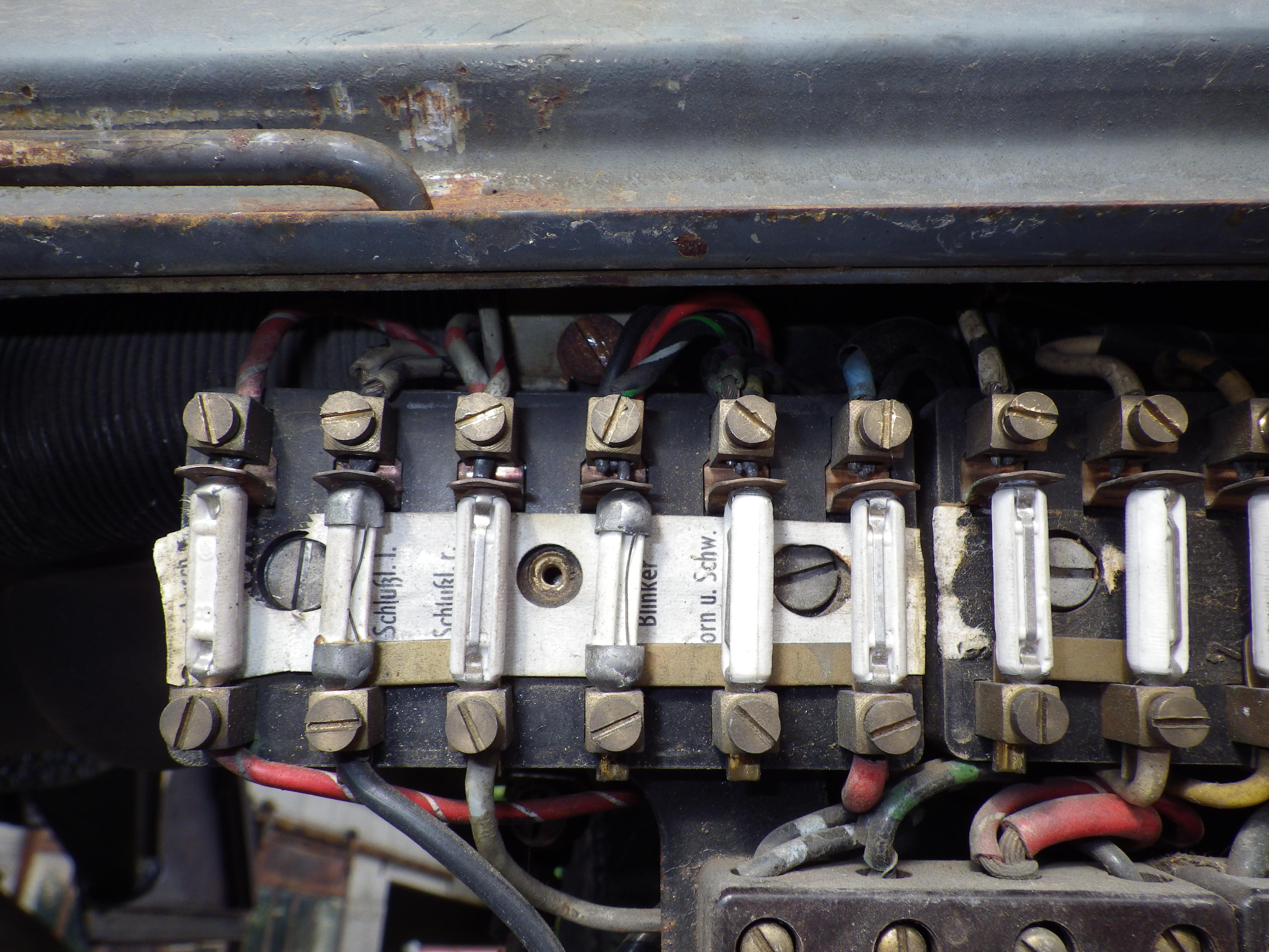 restauration du mog 406 de chenapan52 - Page 3 636170IMGP0234