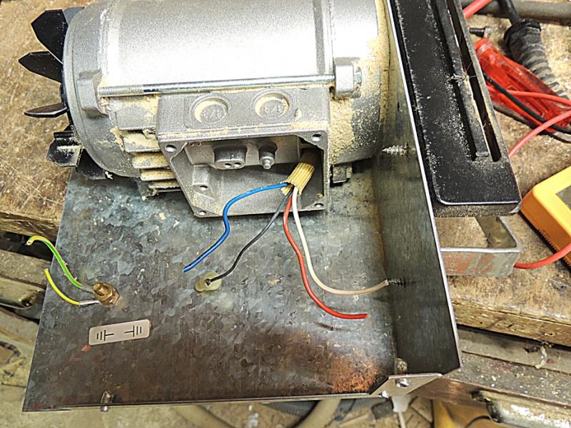 moteur élec. 636602DSCN4910