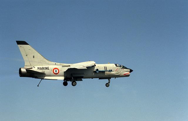 VOUGHT F-8 CRUSADER  637344VoughtF8EFNCrusader