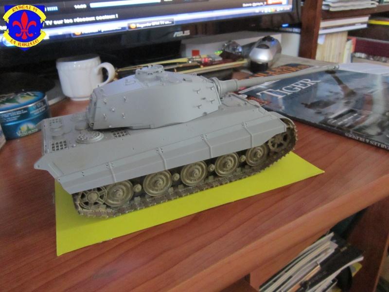 Sd.Kfz.182 King Tiger à tourelle Henschel de Dragon au 1/35e par pascal 94 644775IMG1100L