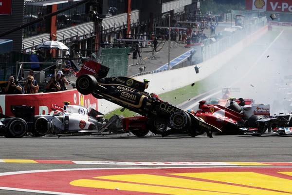 F1 GP de Belgique 2012 : Victoire Jenson Button 649297Grosjeanalimintroispilotes3