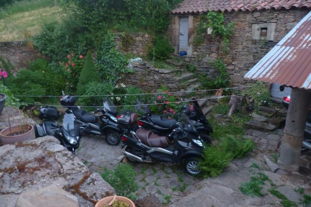 CR (Photos & Vidéo)  : TSO : 06-07/06/15 Sortie au Viaduc de Millau & environs 650005P1180557
