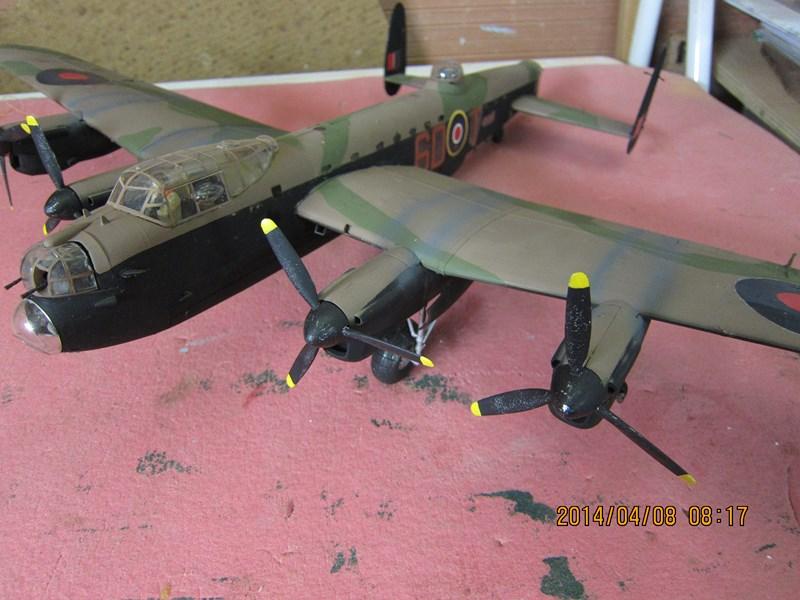 Avro Lancaster BI/BIII de Tamiya au 48 650291IMG1499Copier