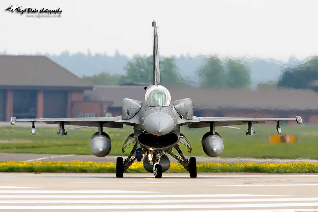 F-16 around the world - Page 29 650522722236559608a9f433eeo