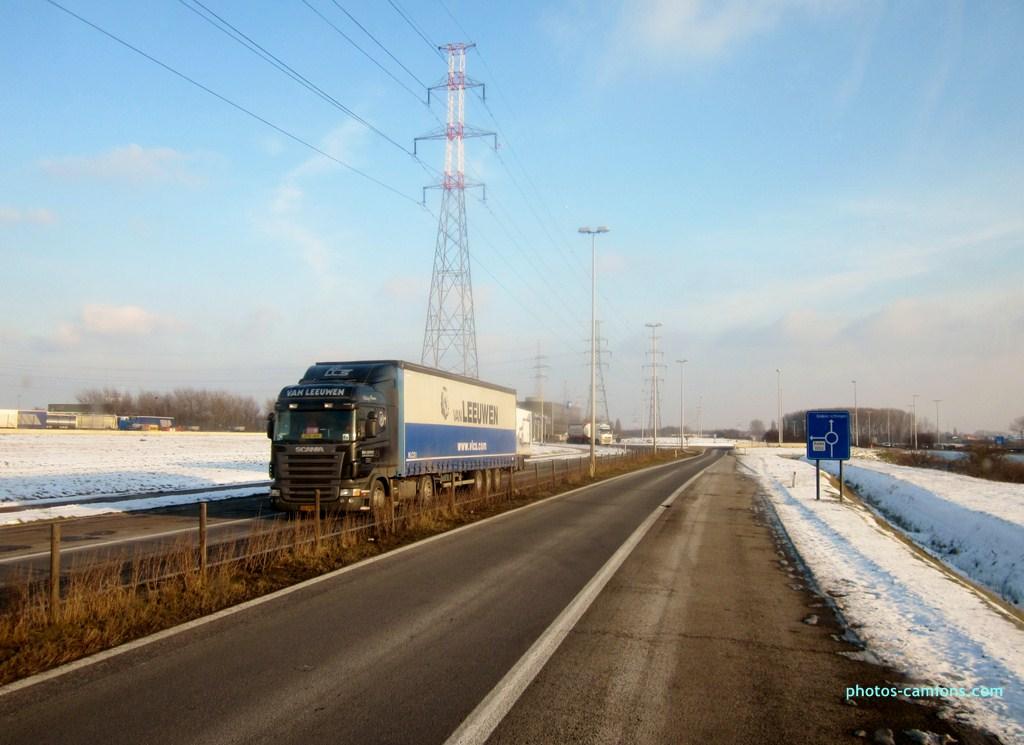Van Leeuwen (Oosterhout) 650680photoscamions25I2013255Copier