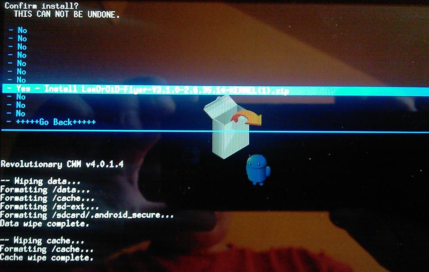 [Tuto] Downgrade vers GB, passage en S.Off, installation Leedroid GB 2.2.0 (en images) 651360IMAG0010