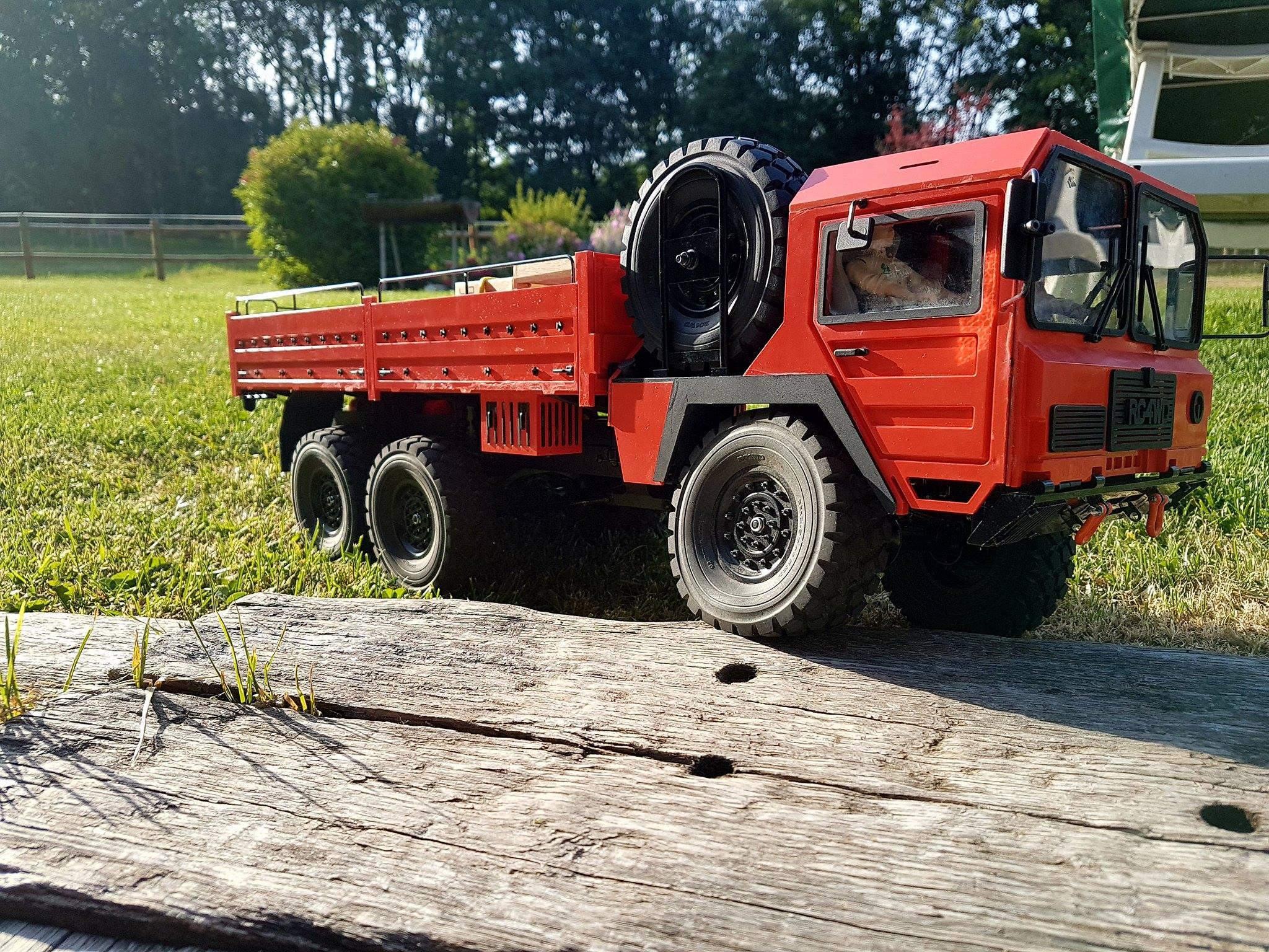 Beast II 6x6 Z-K0052 RC4WD : je me lance !  6532192022793113317080102810721852829448o