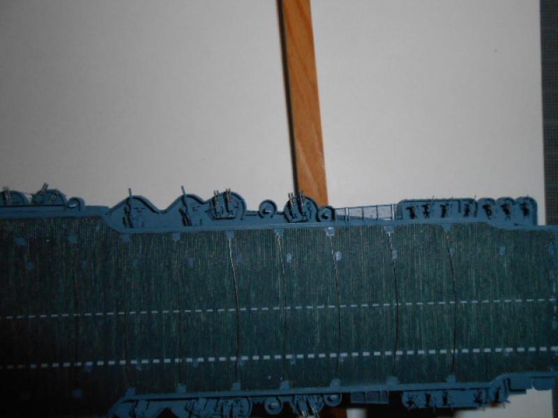 Saratoga tamiya 1/700 PE+Pont en bois par lionel45 - Page 13 654525posar009