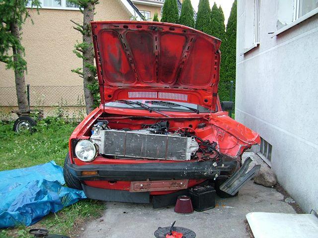 PHOTOS D'EPAVES VW - Page 23 658043wf9e
