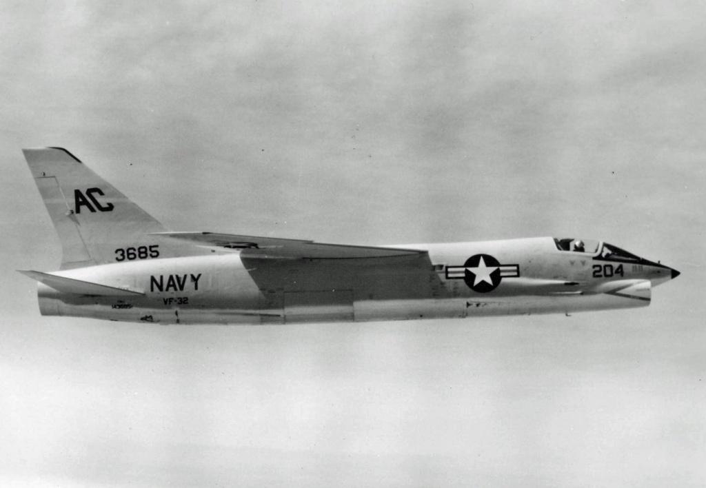 VOUGHT F-8 CRUSADER  659896VoughtF8U1VF321958