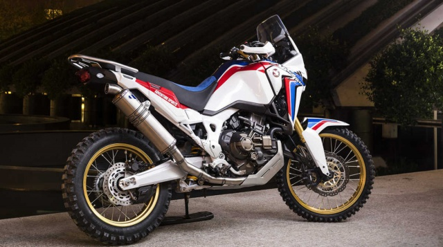 Africatwin Racing : concept 2.1  plus adventure encore ! 664554africaconcept21