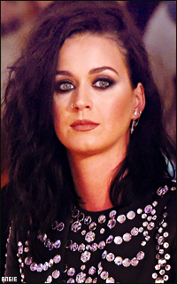 Ma petite galerie des horreurs - Page 11 666608KatyPerry4