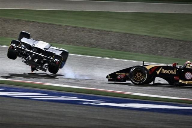 F1 GP de Bahreïn 2014 : Victoire Lewis Hamilton 6668492014accidentGutierrez
