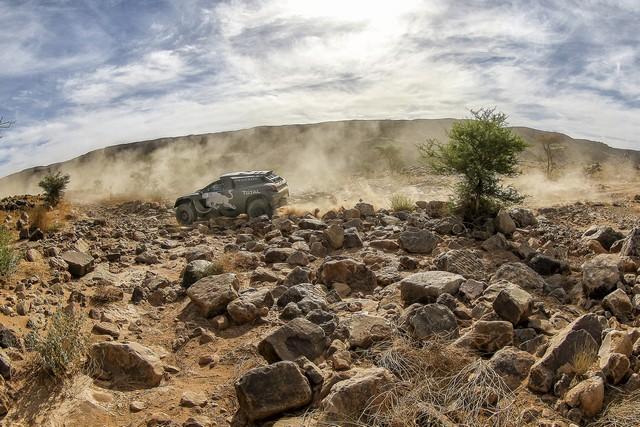 Team Peugeot Total : Rallye du Maroc / ETAPE 2 : Boucle du Drâa 6683125614105551933