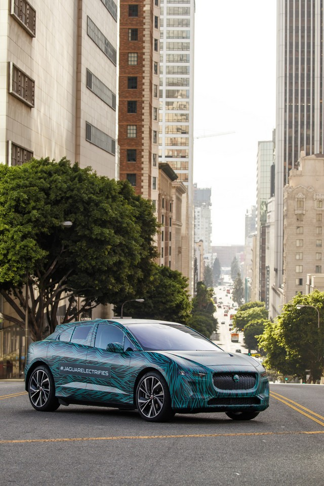 Le Jaguar I-PACE en road trip électrique à Los Angeles 668428jipaceroadtrip061217024