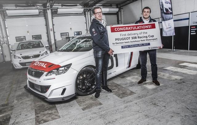 Livraison De La 1ère Peugeot 308 Racing CUP 669547589b3a1b05f77