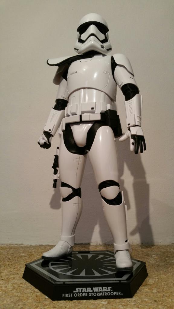 Hot Toys Star Wars First Order : Stormtrooper Squad Leader 669883201512201446051