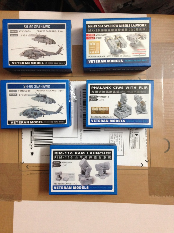 CVN 75 Truman 1/350 Trumpeter - Page 2 671980IMG3638