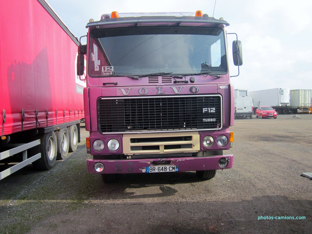 Volvo F 10,12 et 16. - Page 2 674283photoscamions18II2013186Copier